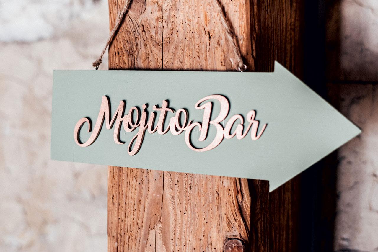 Wegweiser Mojito Bar